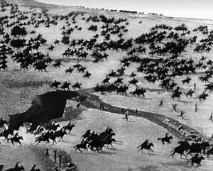 Красная конница в атаке. 1919 год.