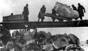 Труд заключённых на строительстве Беломоро-Балтийского канала