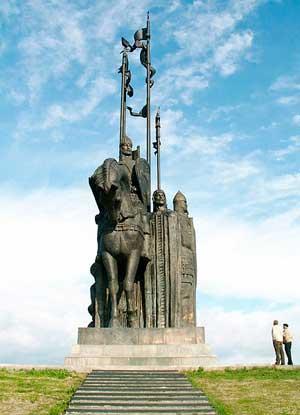 Памятник дружинам Александра Невского на г. Соколиха во Пскове