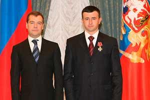 16 января 2009: Награждение Петра Гассиева Орденом Мужества