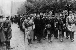 Капитуляция повстанцев в Варшаве