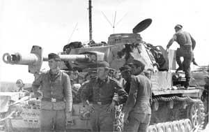 Серьезно поврежденный танк Pz-4 5-й танковой дивизии