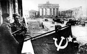 Советские войска на бульваре Унтер-ден-Линден