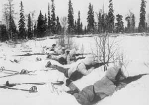 Финские лыжники на позиции.