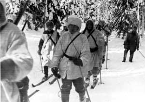 Финский отряд лыжников