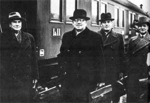 Приезд Юхо Кусти Паасикиви с переговоров в Москве. 16 октября 1939.