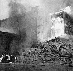Последствия первой бомбежки Хельсинки