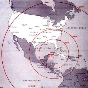 Радиус покрытия ракет, дислоцированных на Кубе: Р-14 — большой радиус Р-12 — средний радиус